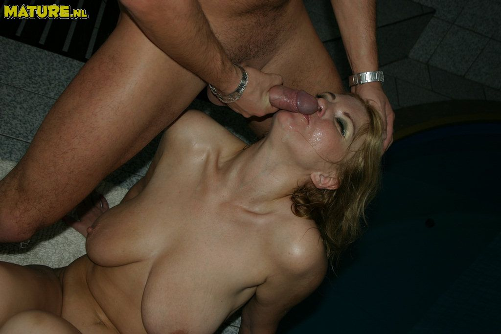 Super-fucking-hot light-haired mature mega-slut throating and porking