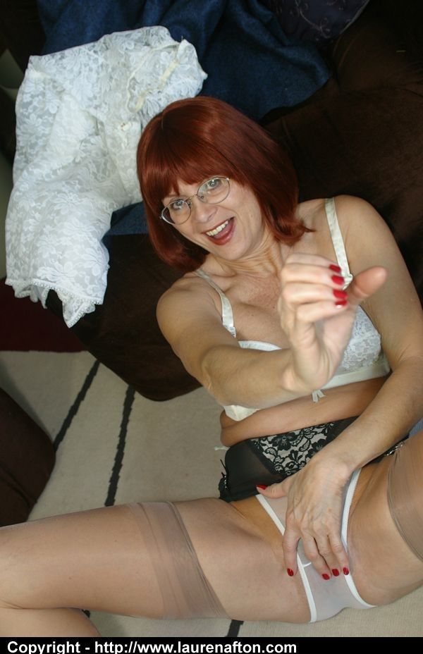 Cool grandmother gets ultra-kinky in panties